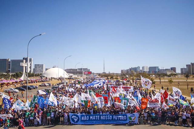 Manifestação bloqueou o trânsito na capital federal - Créditos: Foto: Rebeca Belchior/CUCA da UNE