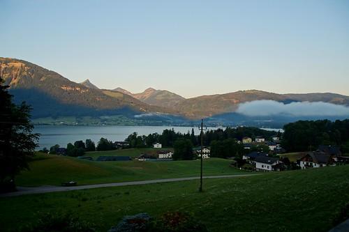 Morgendunst über dem Wolfgangsee