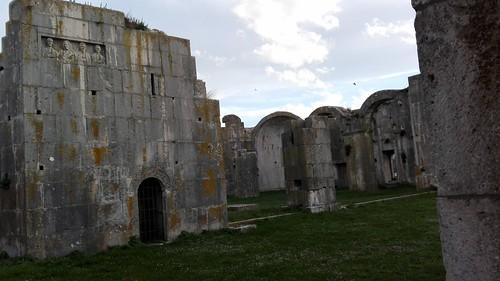 Venosa (PZ). Parco archeologico. (2) 2016.