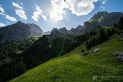 Dal bivacco Pinamonti a malga Flavona (Parco naturale Dolomiti di Brenta)