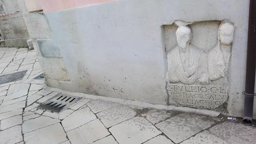Venosa (PZ). Iscrizione funeraria di una coppia di liberti. 2016.