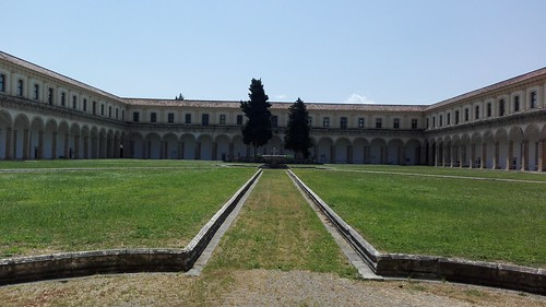 Padula (Sa). La Certosa. Aprile 2018.