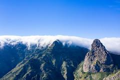 Blick aus dem Süden auf Roque de Agando im Nationalpark Garajonay auf La Gomera, Spanien