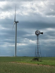 19th and 21st Century wind harvesting technology