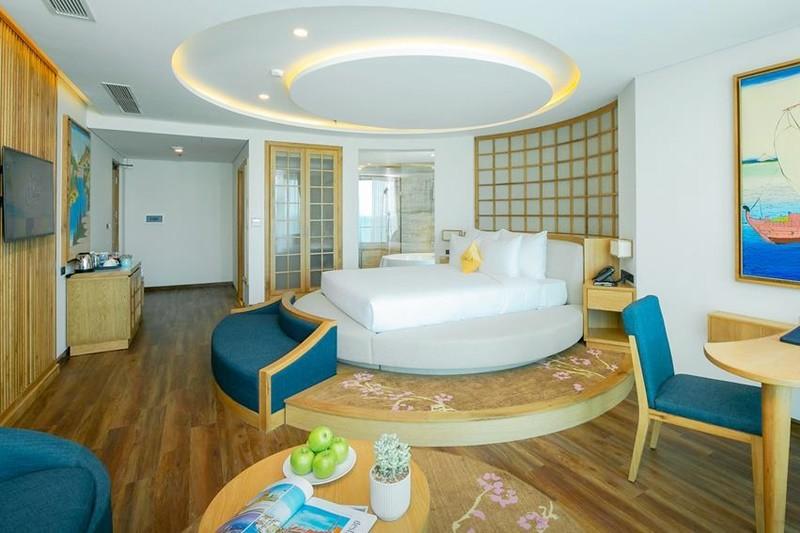 Sala Danang Beach Hotel 3