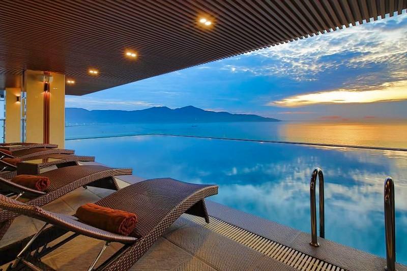 Balcona Hotel Da Nang 5