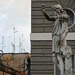 Piazza del Popolo:  Statue delle Quattro Stagioni;      L' Autunno di Achille Stocchi - https://www.flickr.com/people/82911286@N03/