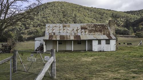 Old Farmhouse - quite photo friendly