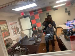 Kike Barrios promoting Aterciopelados concert at Enfoque Now radio show pict Reinaldo Vandres