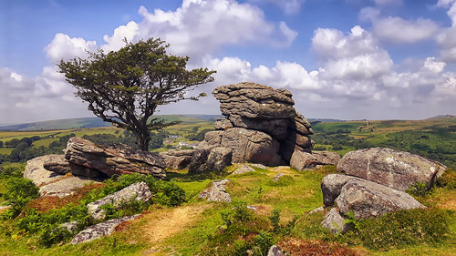 A Day at Saddle Tor and the Curious Case of the Forgotten Camera