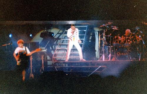 1986-08-05 Queen @ Marbella 09