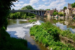 Weir on the River Sarthe - Photo of Doucelles
