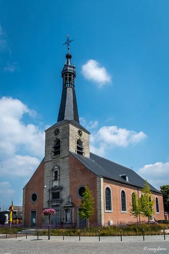 Itegem, Sint-Guibertuskerk.