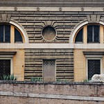 Piazza del Popolo: Caserma dei Carabinieri - https://www.flickr.com/people/82911286@N03/