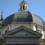 Piazza del Popolo: Chiesa  di S.Maria di Montesanto - https://www.flickr.com/people/82911286@N03/
