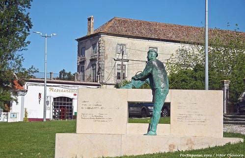 Monumento a Sebastião da Gama - Azeitão - Portugal 🇵🇹