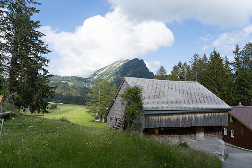 Barn in front of the Leistchamm
