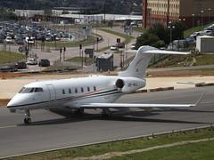 OE-HLL Bombardier Challenger 350 (International Jet Management)