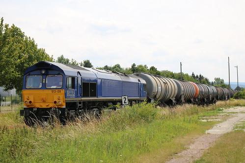 BRLL: 513-09 verlässt mit einem Kesselwagenzug den Bahnhof Emleben in Richtung Gotha