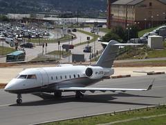M-JSTA Bombardier Canadair Challenger 604 (Jetsteff Aviation Ltd)