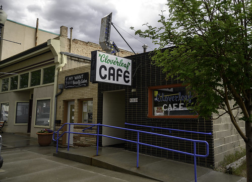 The Cloverleaf Cafe