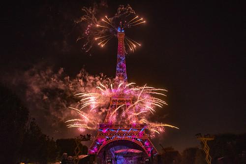 This is the greatest show...! Feu d'artifice Tour Eiffel 14 juillet 2019 Fête nationale Paris . No. 44.