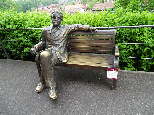 escultura estatua de Albert Einsten Berna Suiza