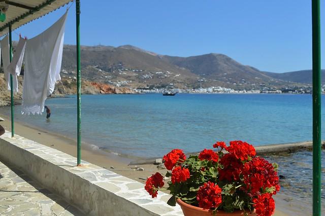 Una casa sulla spiaggia di Martselo, nell'isola di Paros