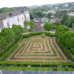 Bourdeilles - Chateau de Bourdeilles, renaissance palace bedchamber view