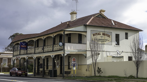 Royal Hotel, Mandurama NSW, built 1899.