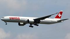 Swiss Boeing 777-3DEER HB-JNG