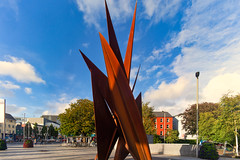 THE QUINCENTENNIAL SAILS SCULPTURE AT EYRE SQUARE IN GALWAY [ARTIST - EAMONN O'DOHERTY]-154324