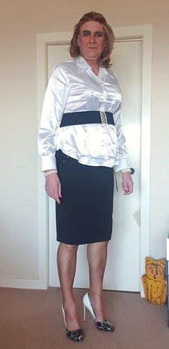 Am I ready for the office, belt looks a bit iffy, shows off my bust a liitle.