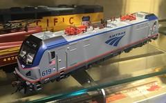Siemens ACS-64 w/Sound Value, Amtrak #619 HO by Bachmann