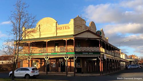 Railway Hotel, Grenfell, NSW