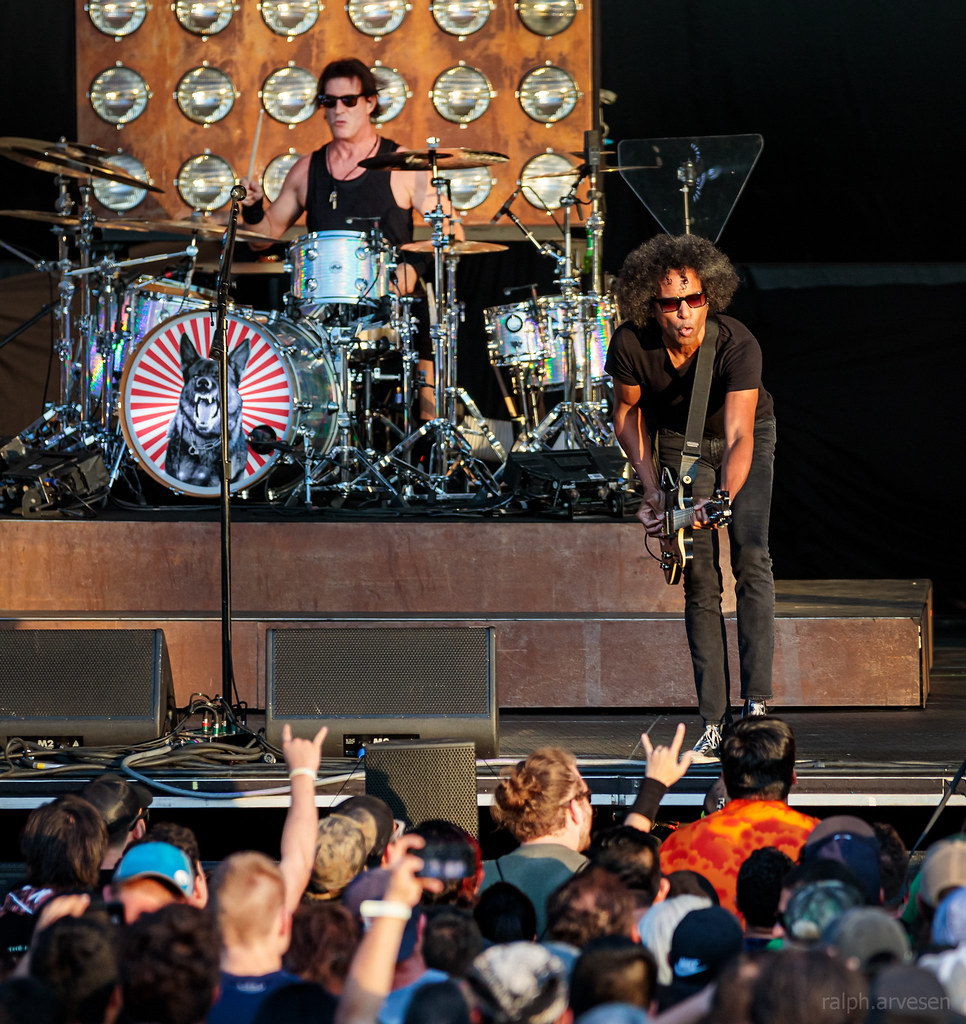 Alice In Chains | Texas Review | Ralph Arvesen