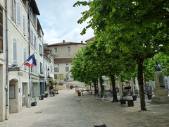 Aubterre - village square (5) - Photo of Saint-Avit