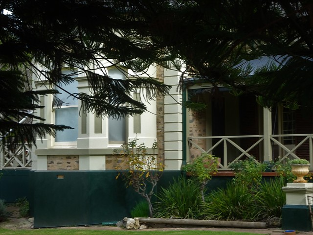 Photo:Strathalbyn. A bay window on Water Villa House built in 1849 for flourmill owner and pastoralist David Gollan. The bay windows were added in 1879. By denisbin