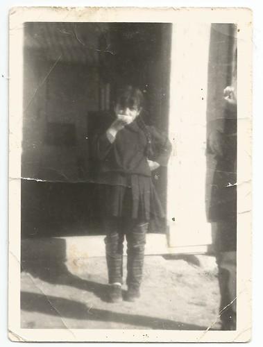 Esmeralda con uniforme de colegio