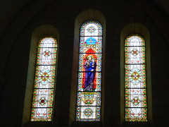 Villebois - Église Saint-Romain, stained glass (2)