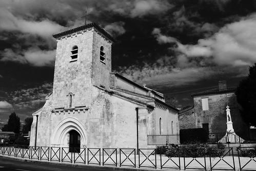 Eglise de Saint-Martin-Lacaussade, Saintonge