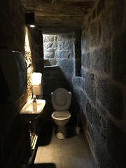Medieval toilet (upgraded)