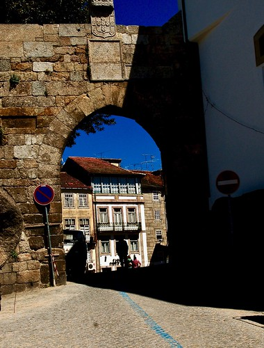Viseu - Porta dos Cavaleiros [Horsemen Door]