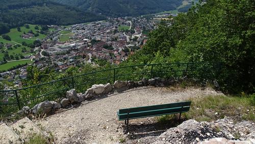 Holzflue (734 m.ü.M.) mit Ausblick auf Balsthal