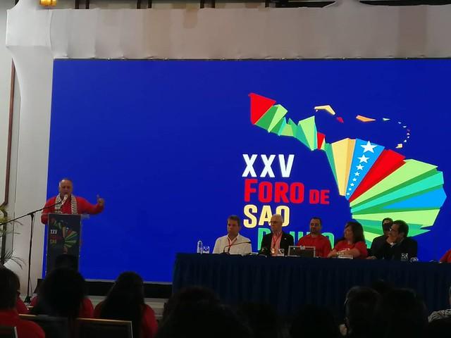Encontro do Foro de São Paulo debate resistência ao avanço neoliberal no continente