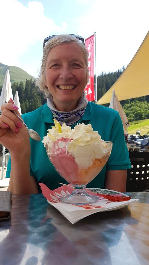 Tagesausfahrt Brünig - Grimsel - Oberaarsee - Nufenen - Lukmanier - Oberalp 2019