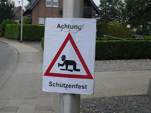 Achtung Schutzenfest, f