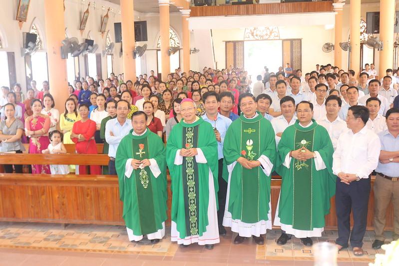 Công chức Công giáo