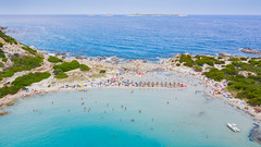 Blick auf den Strand von Punta Molentis auf Sardinien, Italien