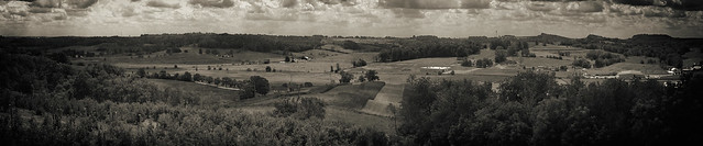 Amish country b+w